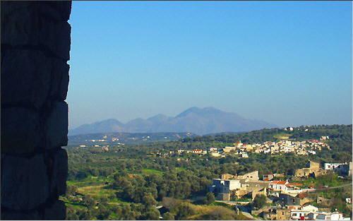Blick auf die Kouloukonas-Berge